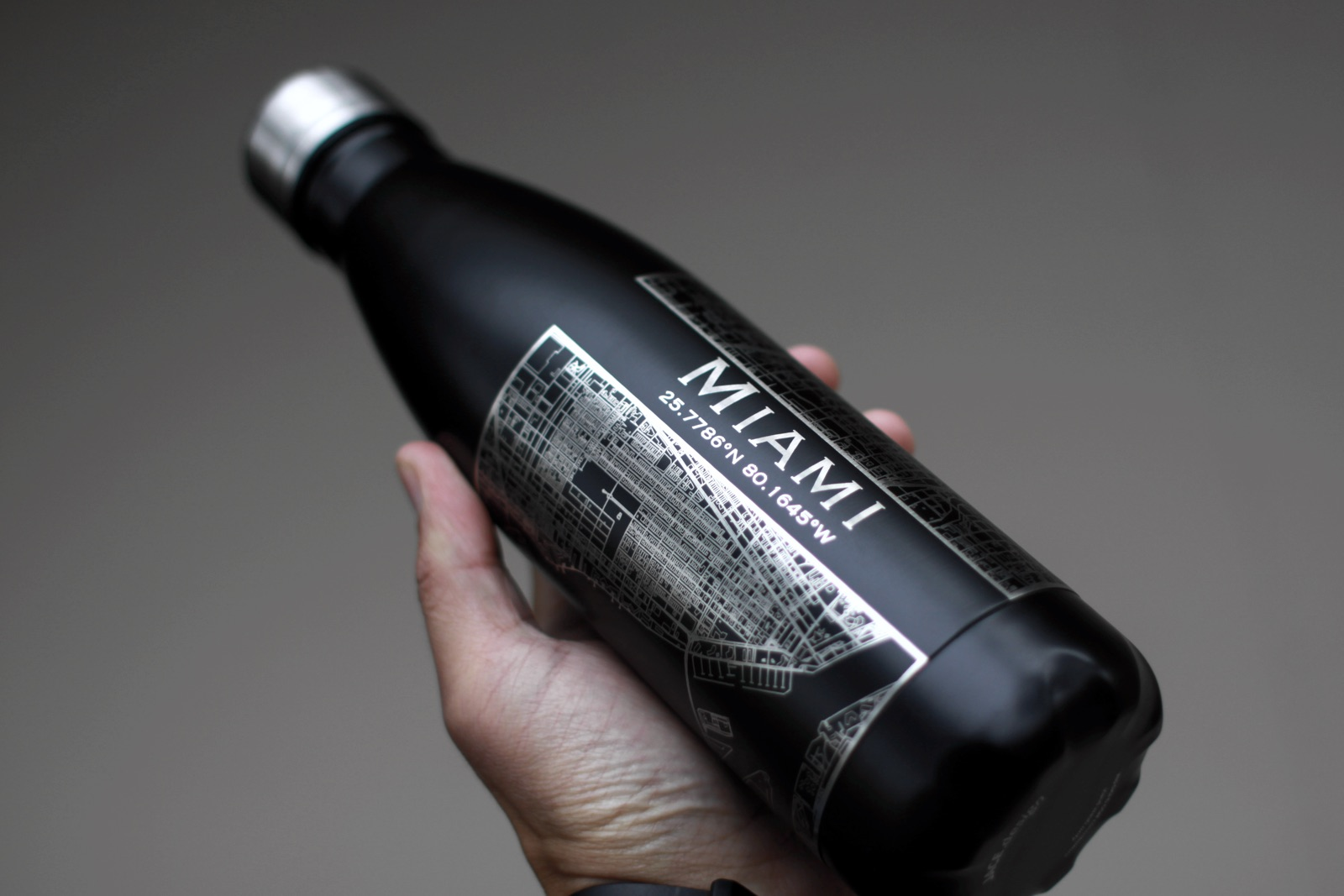 17oz cola style stainless steel bottle with custom linart engraved map